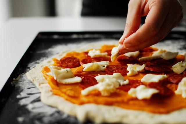 Studio kuchnia   Pizza z dynią i chorizo