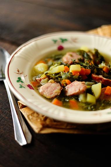 studio kuchnia  Zimowa zupa z jarmużem