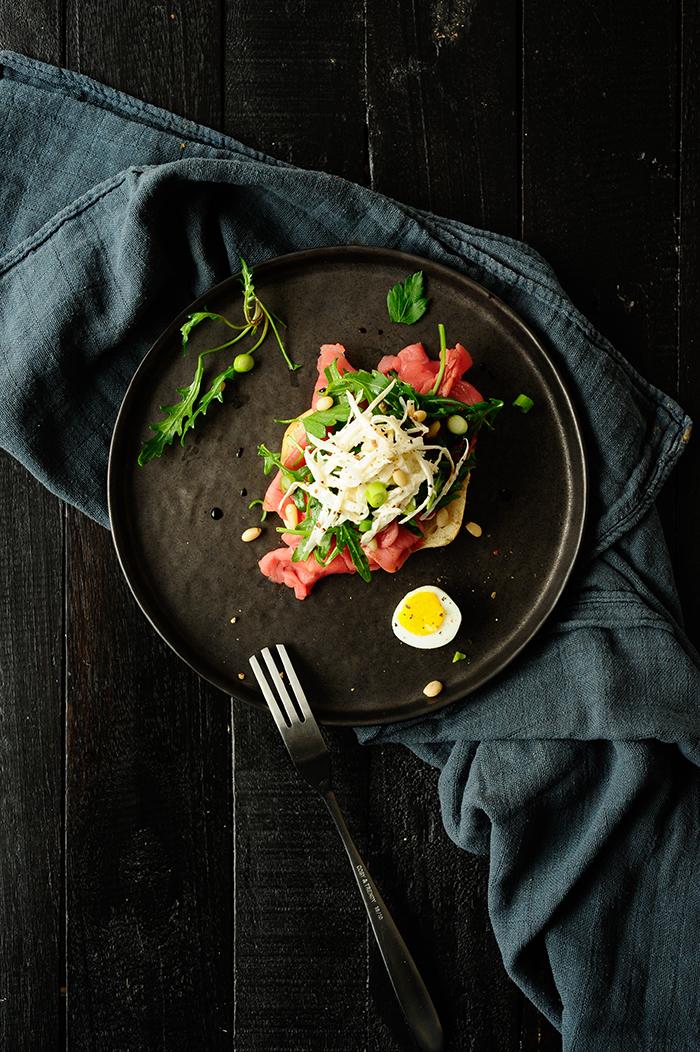 serving dumplings | Beef carpaccio with horseradish celeriac