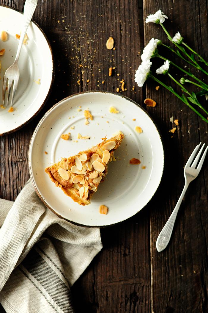 serving dumplings   Ciasto z rabarbarem i speculoos
