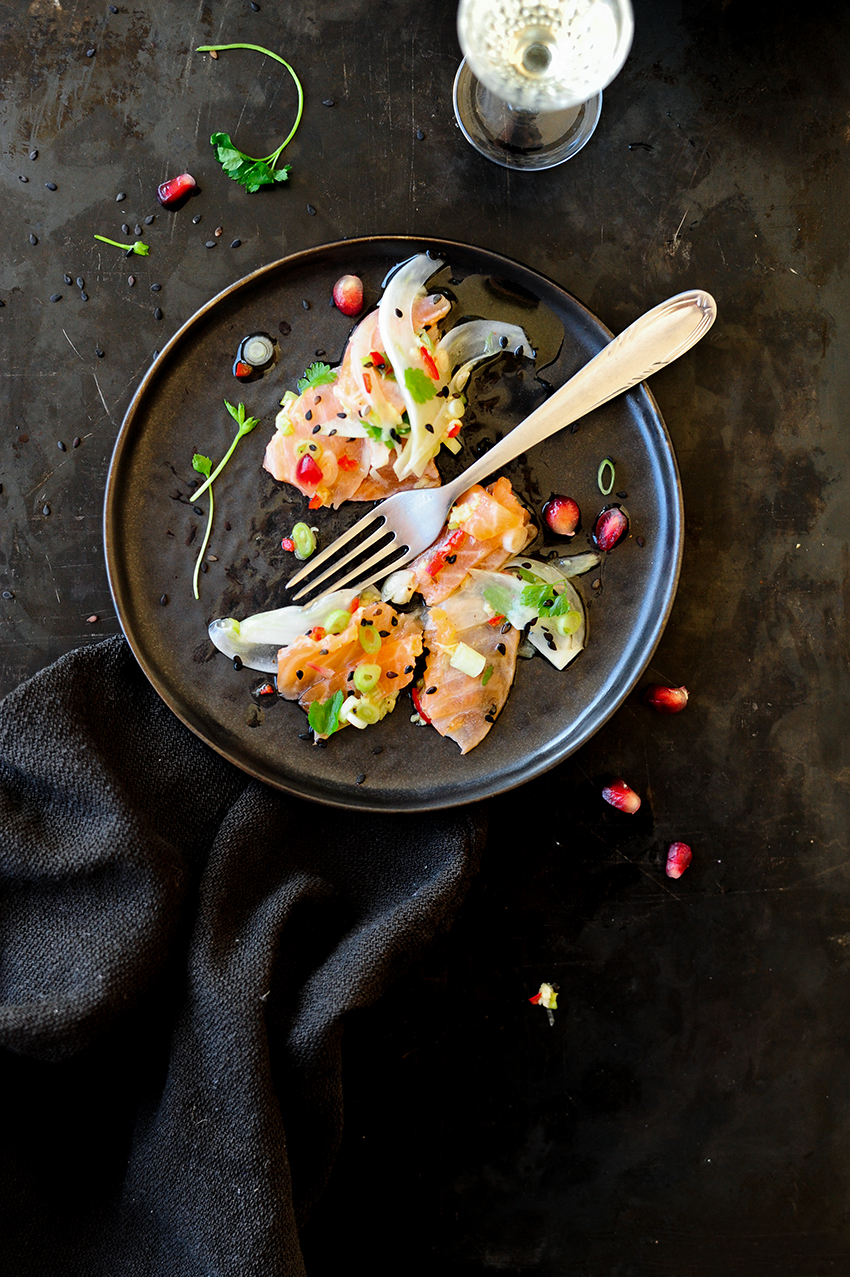 serving dumplings   oriental-salmon-ceviche
