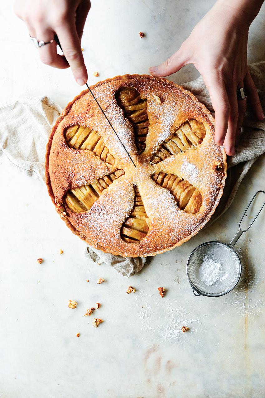 Ciasto migdalowe z gruszkami duszonymi z amaretto imbirem2