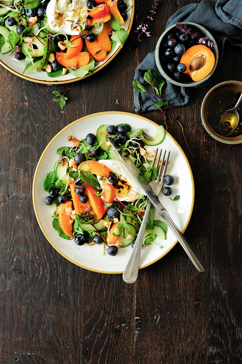 serving dumplings | apricot and blueberry summer salad with burrata