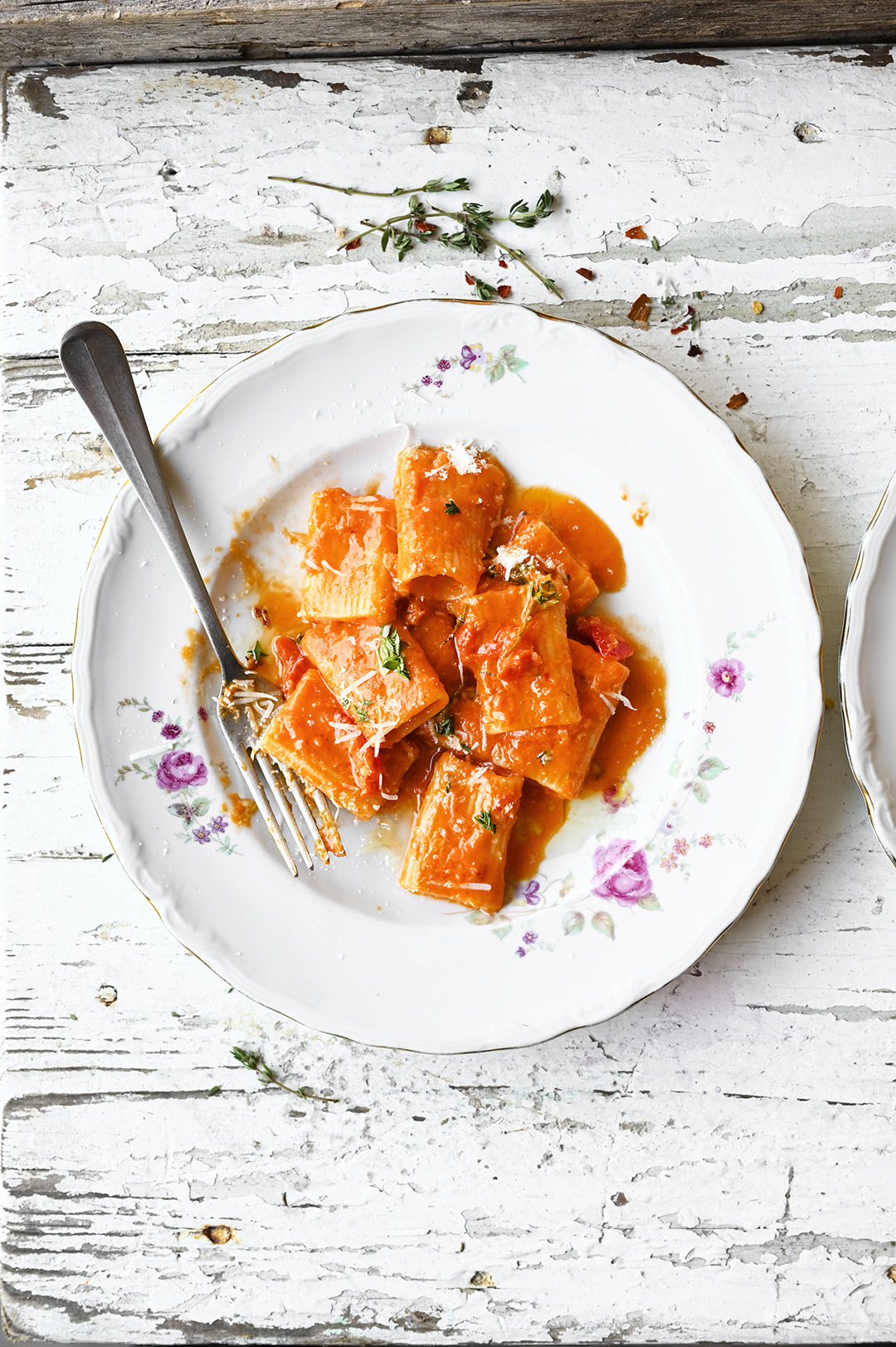 serving dumplings | Rigatoni z sosem pomidorowym alla vodka