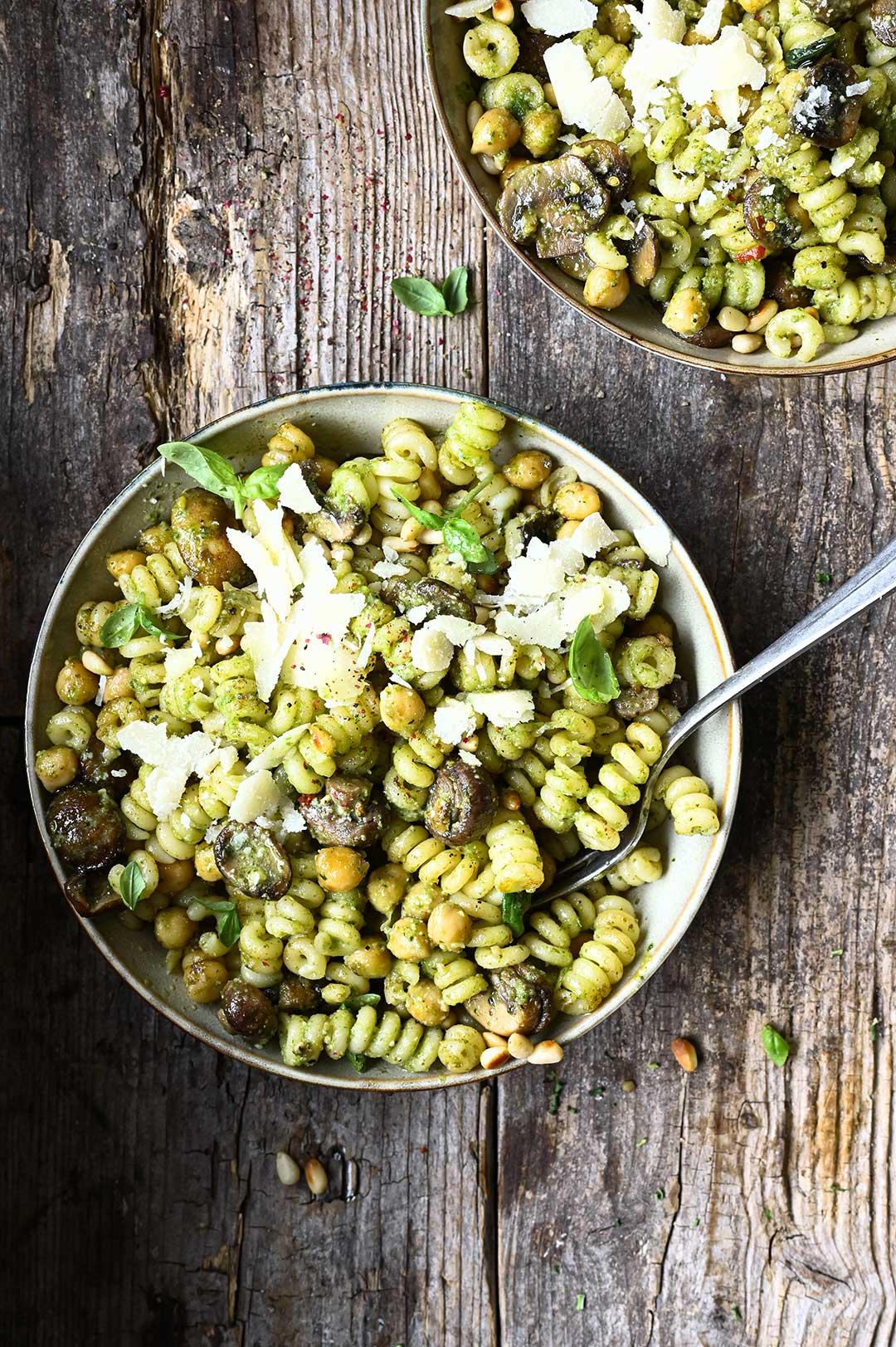 serving dumplings | Buttery Mushroom & Chickpea Pesto Pasta