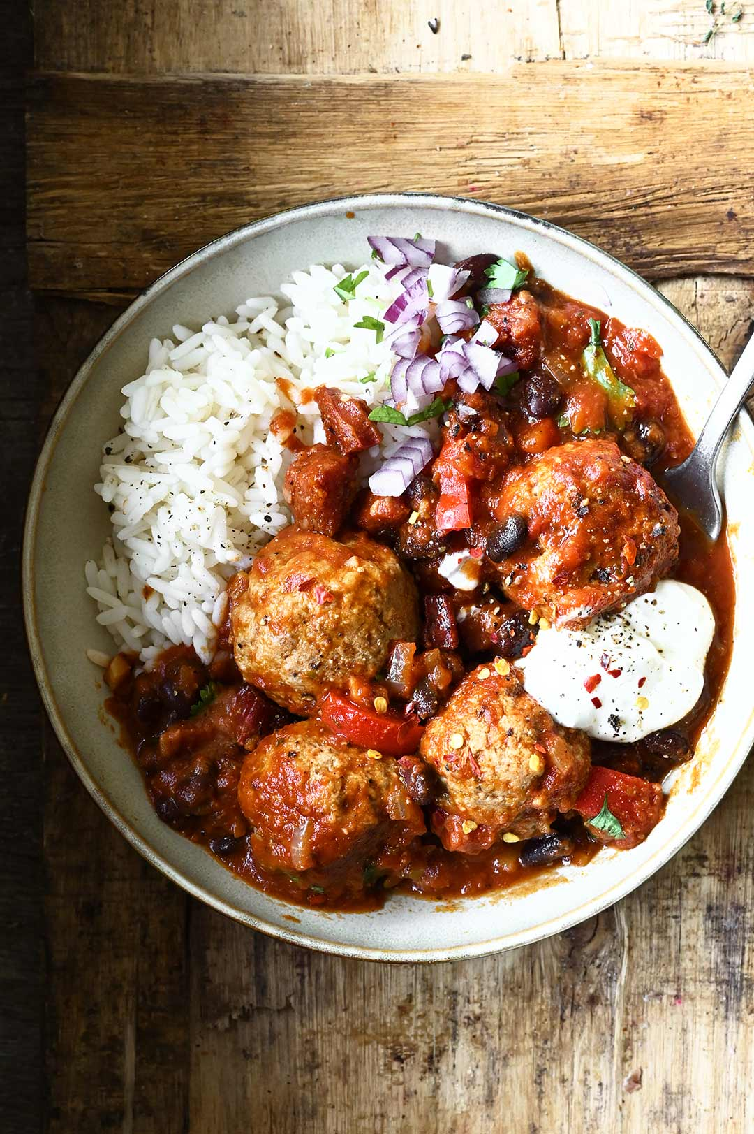 meatballs in smoky tomato sauce