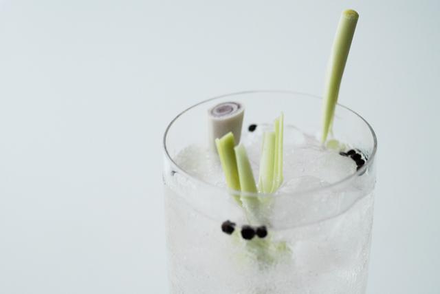 studio kuchnia | Gin Tonic z trawą cytrynową
