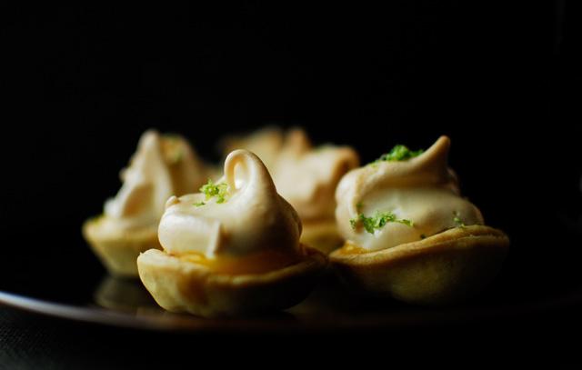 studio kuchnia | Mini ciasteczka meringue