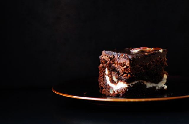 studio kuchnia | Brownie z sernikowym środkiem