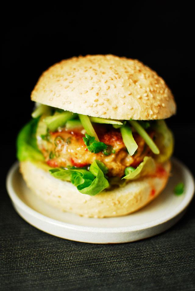 studio kuchnia | Tajski burger z kurczaka