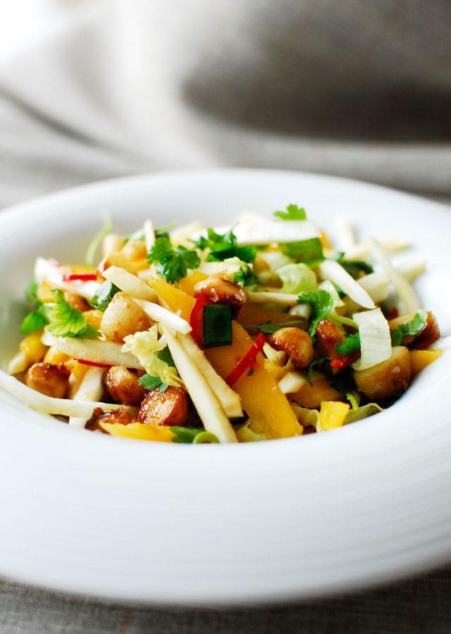 Zdrowa obiadowa sałatka