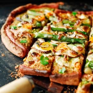 Pizza-Na-Buraczanym-Spodzie-0