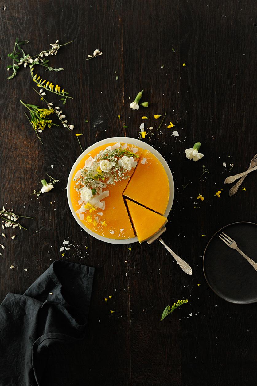 studio kuchnia | Tort z kremem bawarskim i mango
