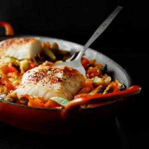 Dorsz zapiekany z warzywami sródziemnomorskimi