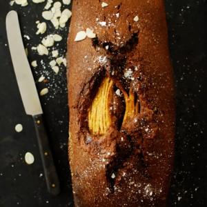 Ciasto czekoladowo migdałowe z gruszkami