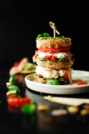 Tiramisu z pomidorem i mascarpone