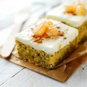Ciasto marchewkowe z makiem i mascarpone