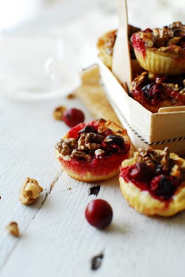 studio kuchnia | Karmelowe ciasteczka z orzechami i żurawiną