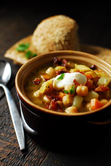 studio kuchnia | Rozgrzewająca zupa z ciecierzycą
