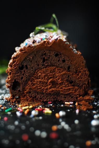 Mocno czekoladowa rolada świąteczna