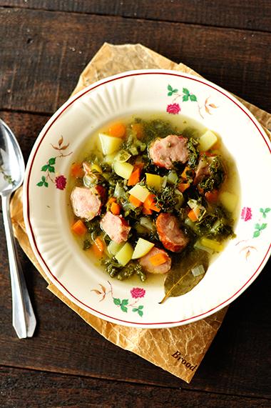 studio kuchnia | Zimowa zupa z jarmużem