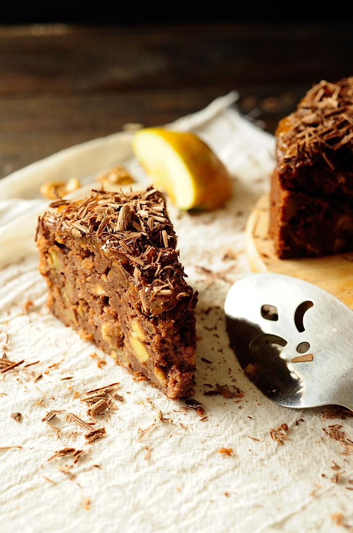 studio kuchnia | Ciasto czekoladowe z rumowymi jabłkami