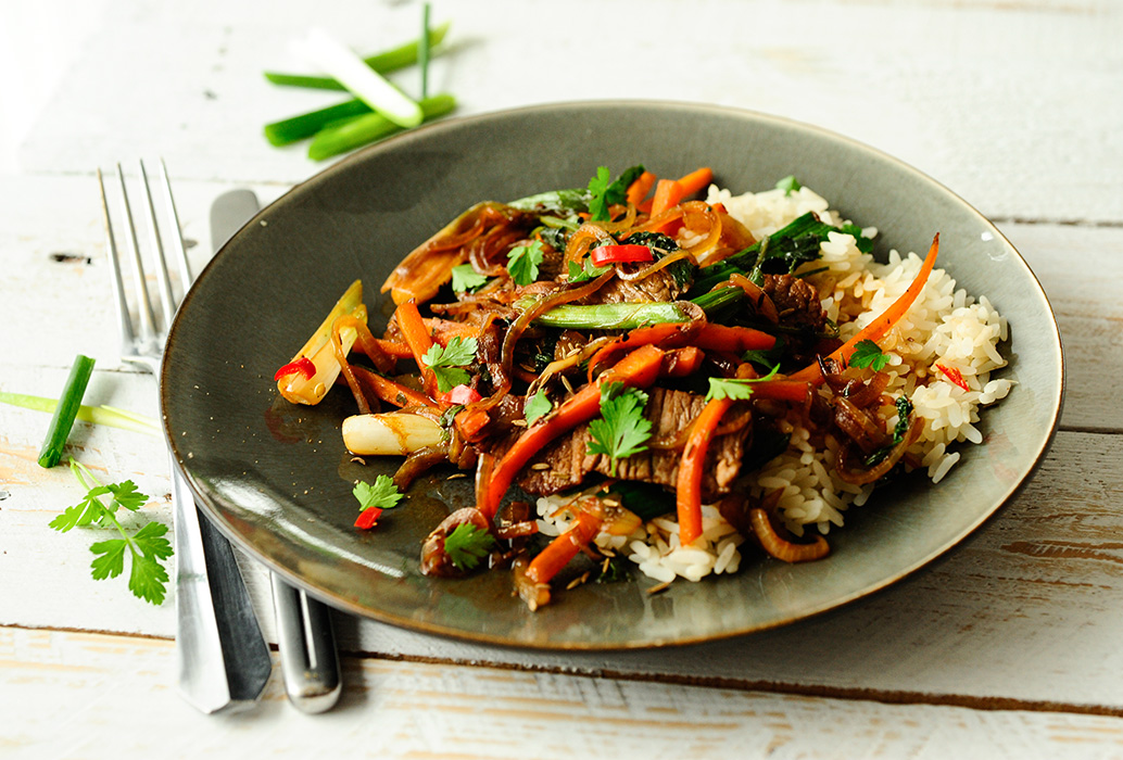 studio kuchnia | Stir - fry z jagnięciny z kminkiem