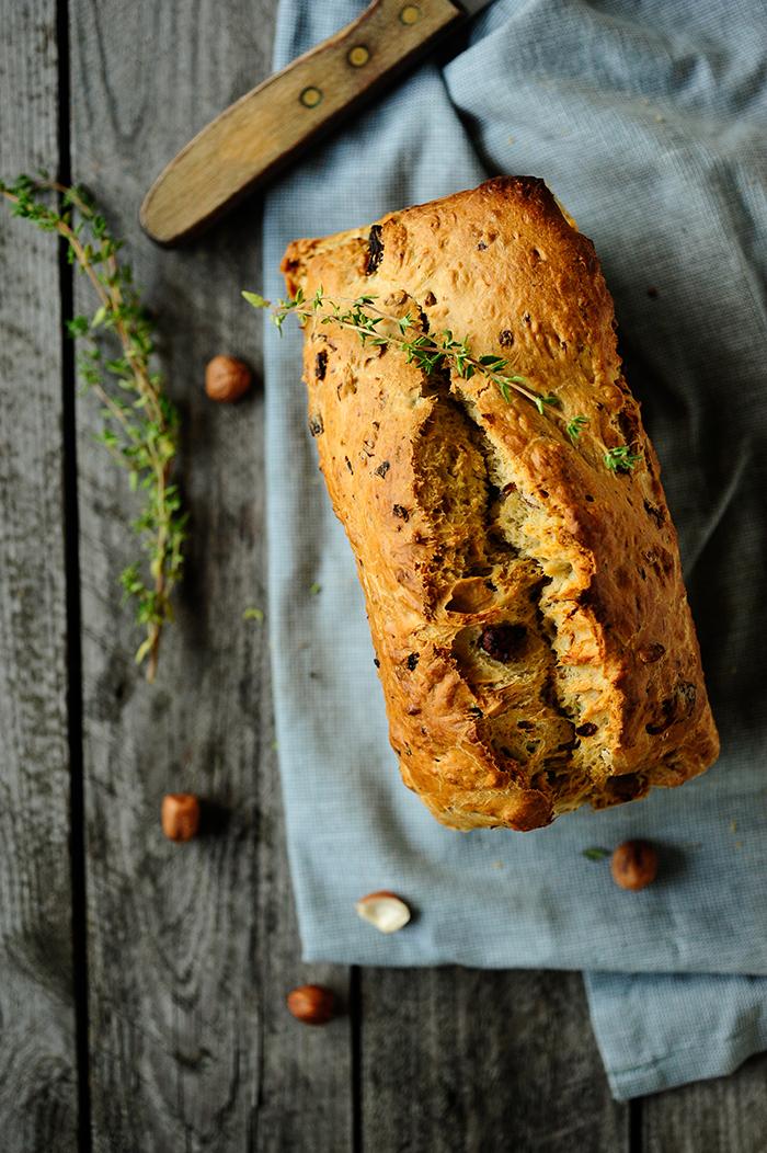 Studio Kuchnia | Chleb z pieczarkami i orzechami