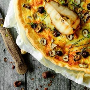 Quiche z gruszkami, cykorią i kozim serem