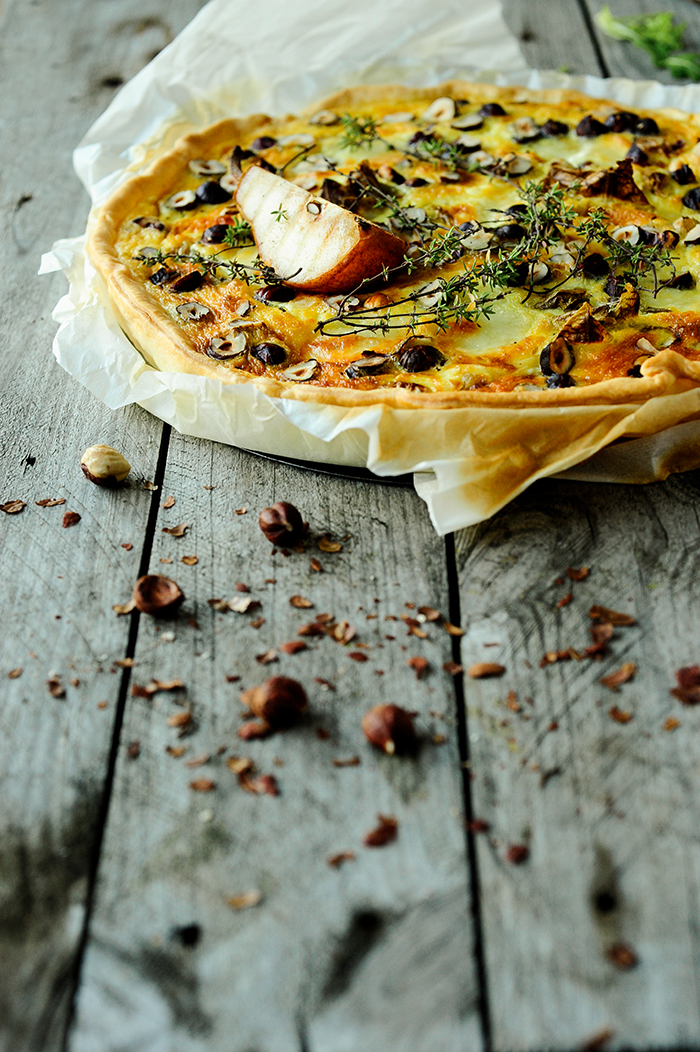 Studio Kuchnia | Quiche with roasted pears, chicory and goat cheese