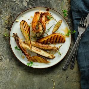 Roladki drobiowe z gruszkami i serem pleśniowym