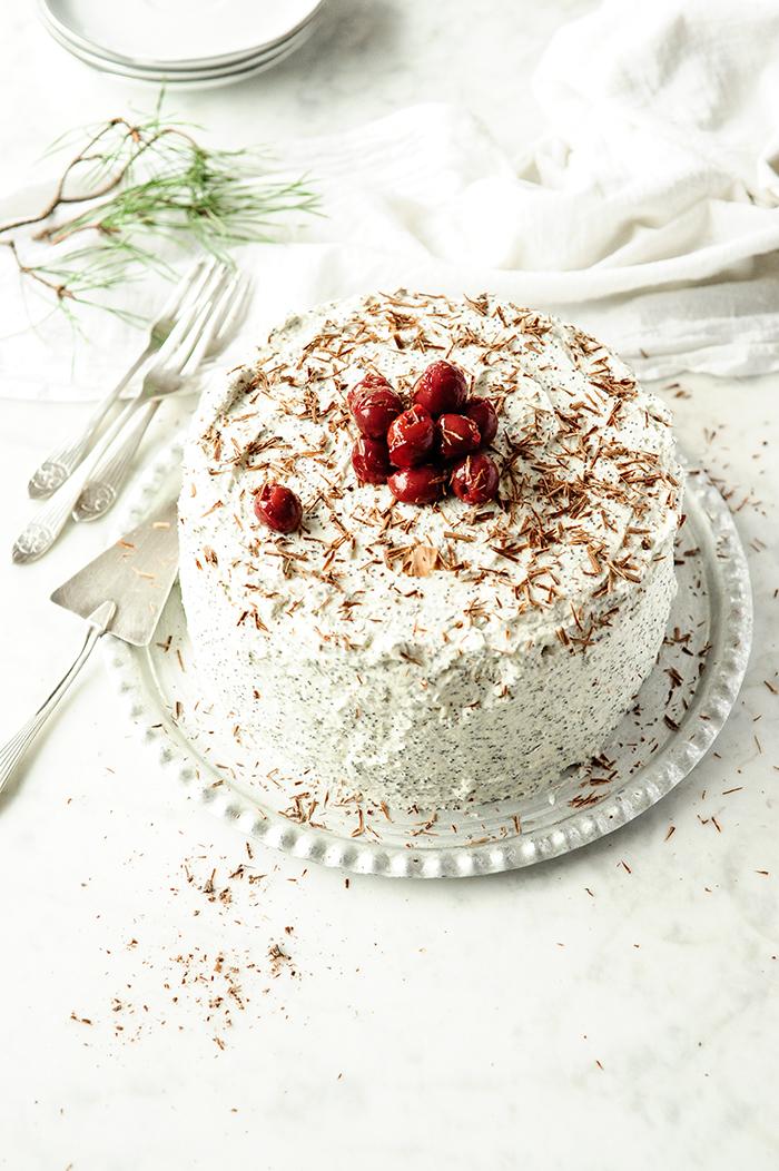 studio kuchnia | Tort makowy z wiśniami