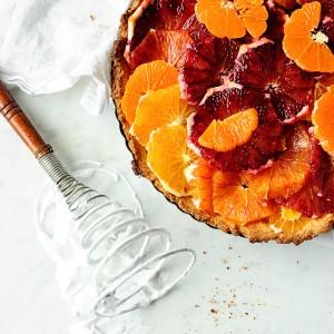 Citrus tart with meringue