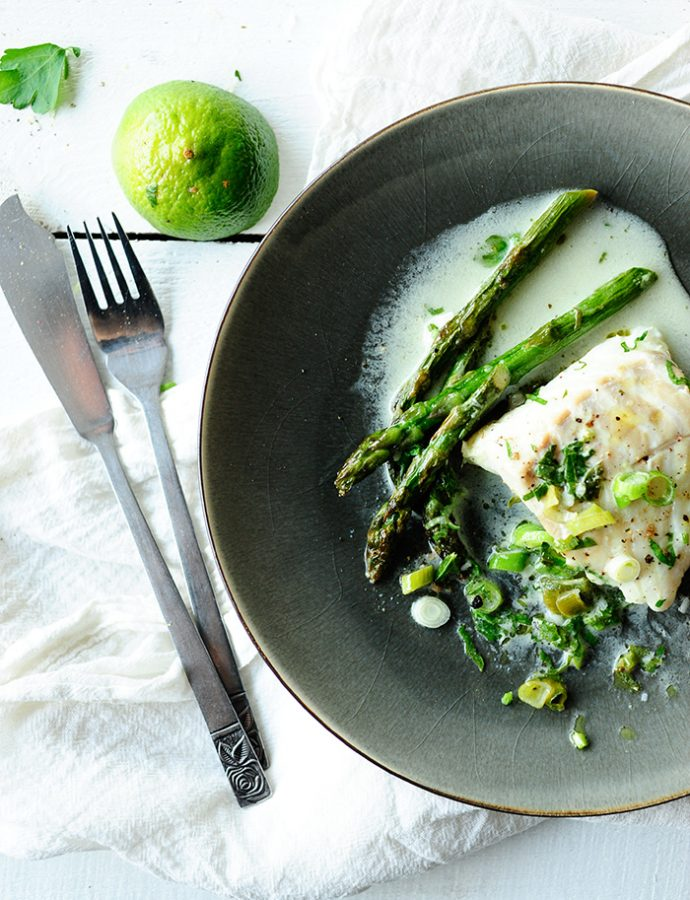 Cod in coconut sauce with asparagus and wasabi