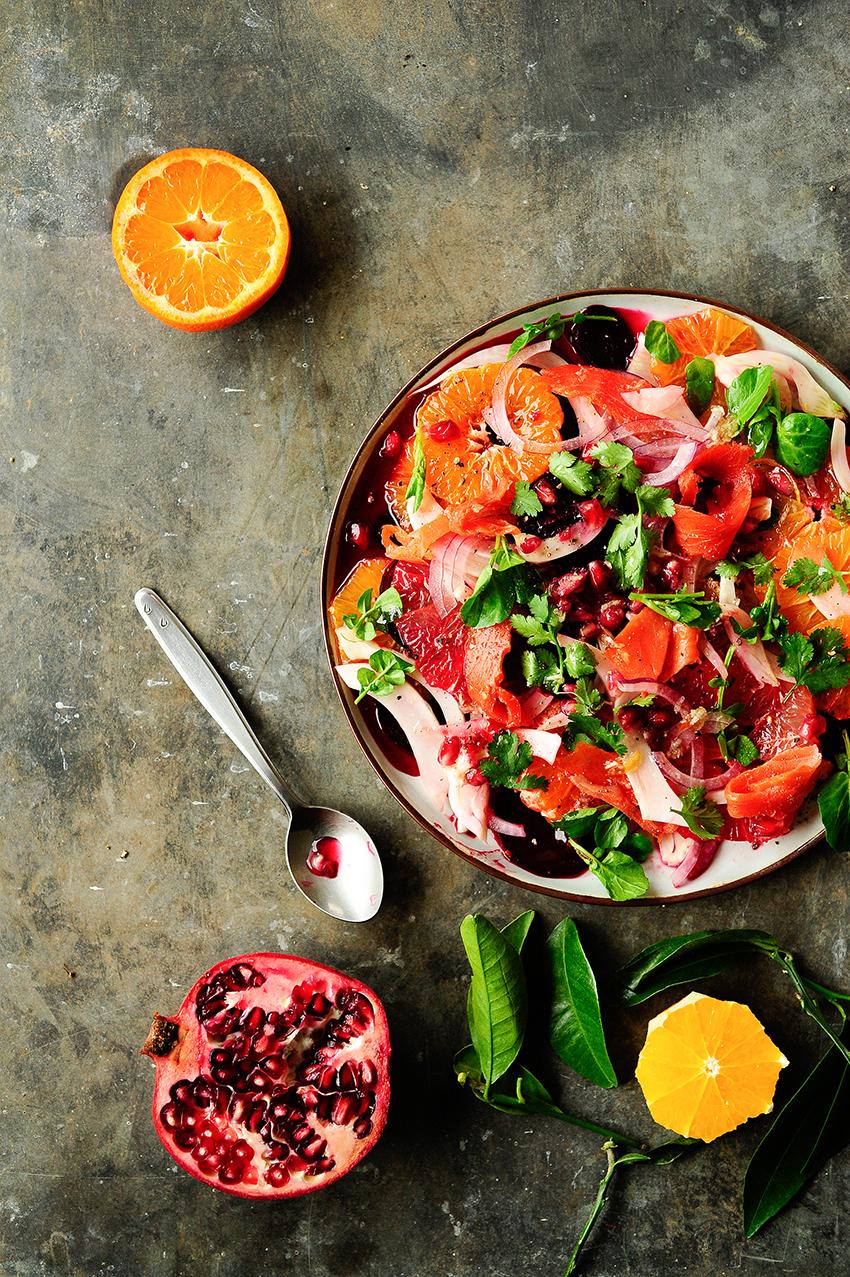 serving dumplings | Frisse salade met citrusvruchten, venkel en gerookte zalm