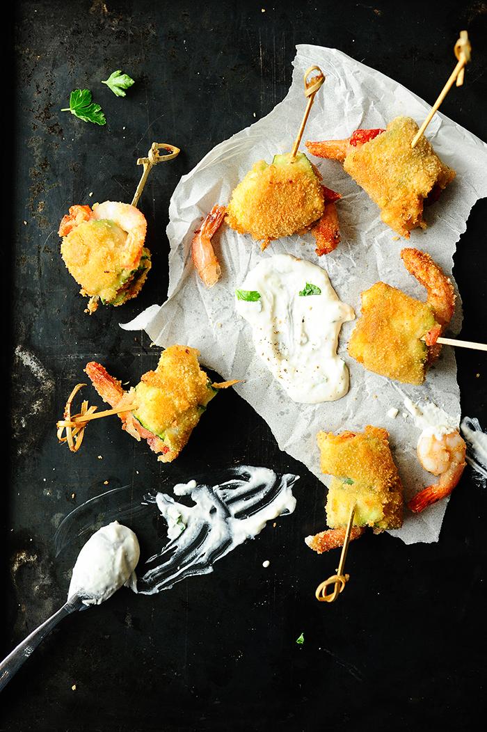 serving dumplings | Gepaneerde scampirolletjes