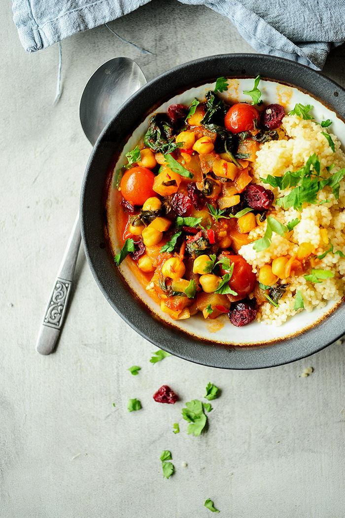 serving dumplings | Marokkaanse stoofpot met kikkererwten en boerenkool