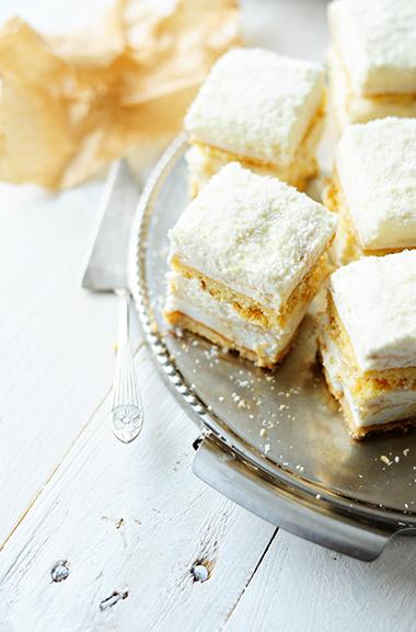 serving dumplings | Meringuetaart met kokos