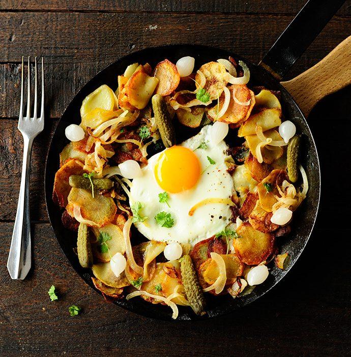 Gebakken aardappelen met eieren