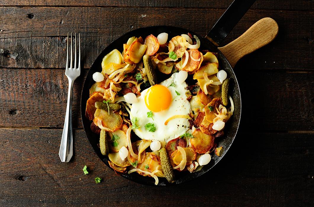 serving dumplings | gebakken aardappelen met eieren