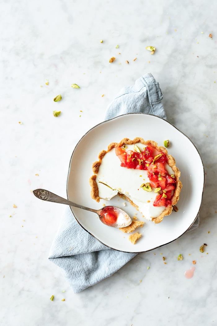 serving dumplings | Strawberry tarts with yogurt panna cotta