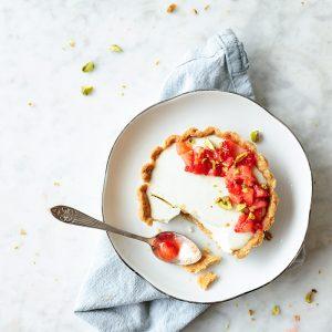 Truskawkowe tarteletki z jogurtowa panna cotta-3