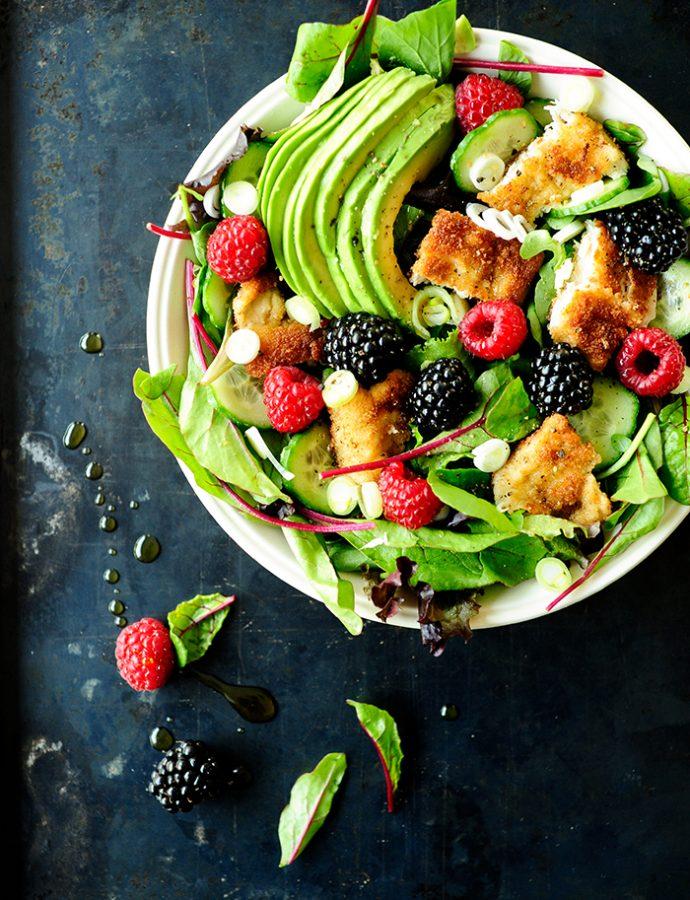 Salade met kip en fruit