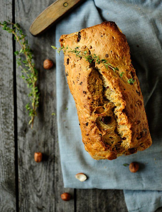 Brood met hazelnoten en champignons