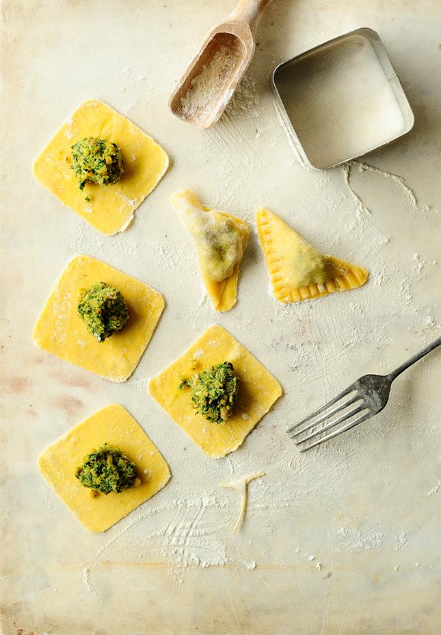 serving dumplings | chickpea-spinach-ravioli