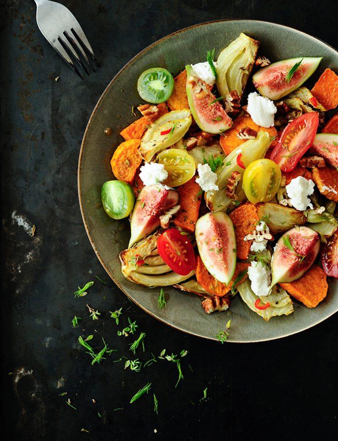 Salade met geroosterde zoete aardappel en venkel