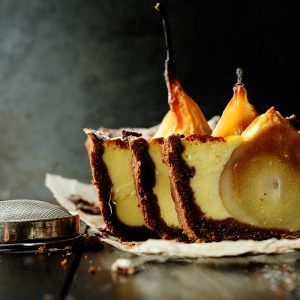 Chocolate cake with sunken pears and mascarpone