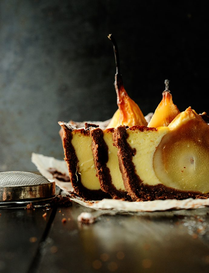 Chocolate cake with sunken pears and mascarpone