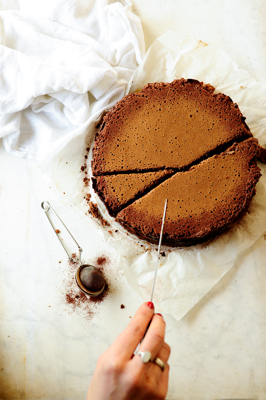 serving dumplings | chocolate-ricotta-cheesecake