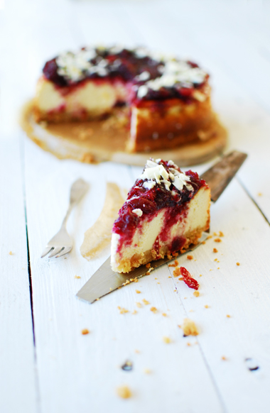 serving dumplings | cheesecake-with-cranberries